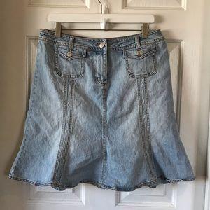 Cabi | Light Wash Denim Skirt Style 255